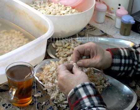 baghali ghatoh-peeling beans copy
