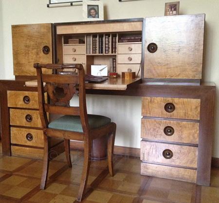 villa necchi-desk copy