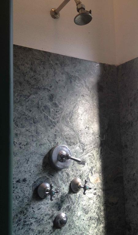 villa necchi-shower copy