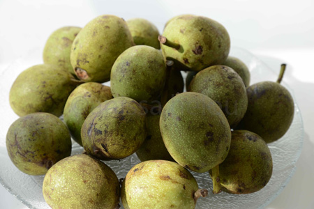 beirut-green walnuts copy