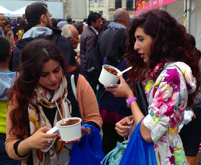 lovely ladies eating koshari