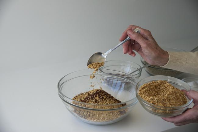 d-za'tar-mixing-sesame seeds 2 copy