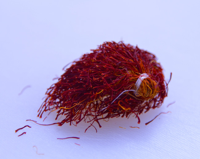 kashk-e bademjan-saffron bunch