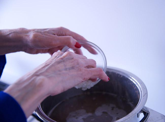 mujaddara-adding the rice