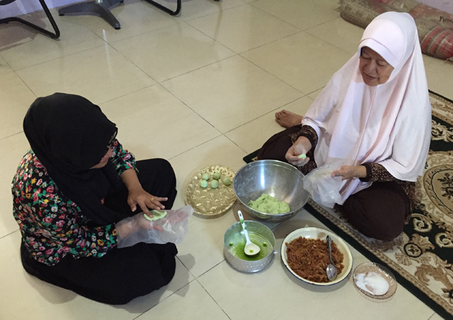 mita & her mother making onde onde copy